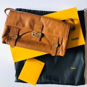 Fendi brown leather baguette handbag